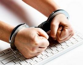 Hacker tấn công hệ thống máy tính của nhà tù, xoá án cho bạn thân