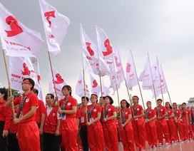 Tuyển quân xuyên Việt vận động hiến máu cứu người
