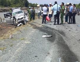 2 ô tô va chạm, 1 người chết, 11 người bị thương