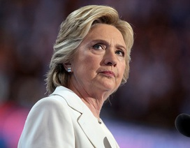 Bình luận bí ẩn của bà Clinton khi ông Trump thua kiện