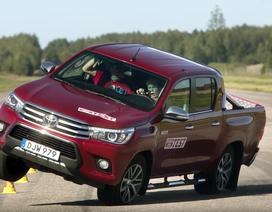 Cả tháng 9/2017 Toyota chỉ bán được 4 chiếc Hilux