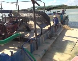 Bắt quả tang 3 tàu khai thác cát trái phép trên hồ Dầu Tiếng
