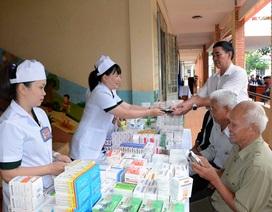 Khám, cấp thuốc miễn phí cho các thương, bệnh binh và gia đình chính sách