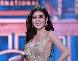 Huyền My lộng lẫy tỏa sáng tại đêm bán kết Hoa hậu Hòa bình 2017