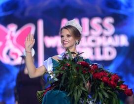 Nữ sinh Belarus đăng quang Hoa hậu xe lăn thế giới