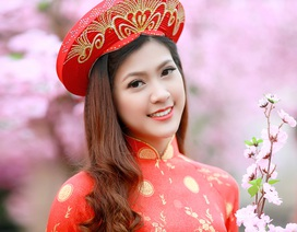 Dàn hoa khôi lộng lẫy trong trang phục áo dài đón Xuân