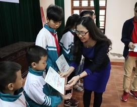 Masan Nutri-Science tặng học bổng con em các hộ chăn nuôi heo tỉnh Hậu Giang và Hà Nam
