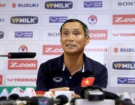 HLV Mai Đức Chung xúc động chia tay đội tuyển Việt Nam