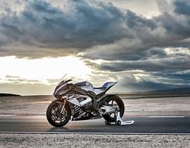 """BMW công bố mẫu môtô """"full-carbon"""" đầu tiên"""