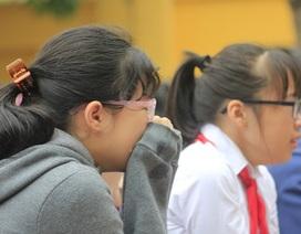 Buổi sinh hoạt dưới cờ khiến hàng nghìn học sinh bật khóc