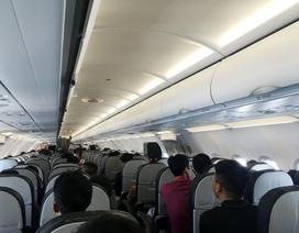 Khách Trung Quốc bị phạt 4 triệu đồng vì hút thuốc lá trên máy bay