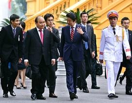 Lễ đón trọng thể Thủ tướng Nhật Bản Shinzo Abe tại Phủ Chủ tịch