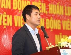 HLV Hữu Thắng đề xuất thuê bác sĩ nước ngoài với Bộ trưởng