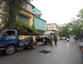 Hà Nội triển khai đỗ xe theo ngày chẵn lẻ, nhiều ô tô bị cẩu