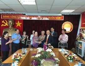 Chủ tịch Hội Khuyến học VN Nguyễn Thị Doan tiếp Hiệp hội Kinh tế Hàn Quốc