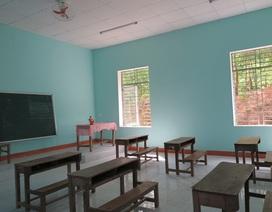 Xây phòng học mới ở nơi học sinh mượn nhà sinh hoạt thôn để học