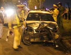 Ô tô đâm liên tiếp 3 xe máy, 4 người bị thương