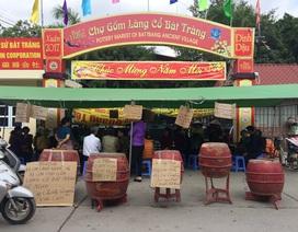 Chợ gốm làng cổ Bát Tràng hoạt động trở lại sau khi bị đơn phương đóng cửa