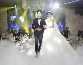 Trương Mỹ Nhân và Nguyễn Phi Hùng đẹp đôi trong sự kiện khai trương Queen Plaza Luxury