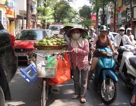 Hà Nội: Sẵn sàng hỗ trợ người bàn hàng rong tìm việc sau chiến dịch vỉa hè