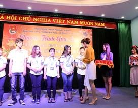 Tiêu Châu Như Quỳnh, MC Mạnh Cường hỗ trợ sinh viên nghèo về quê ăn Tết