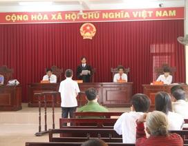 Chi cục trưởng Thi hành án bị tuyên phạt 11 năm tù về tội tham ô và lợi dụng chức vụ