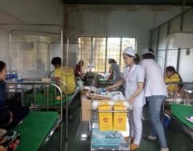 24 người nhập viện sau khi ăn cỗ cưới