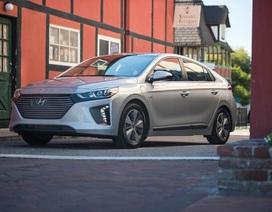 Hyundai Ioniq - Đối thủ tiềm năng của Toyota Prius