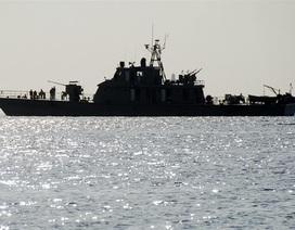 Iran điều khẩn cấp tàu chiến tới Oman giữa lúc căng thẳng