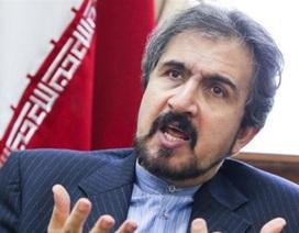 Iran cảnh báo Mỹ có thể sắp tấn công Syria