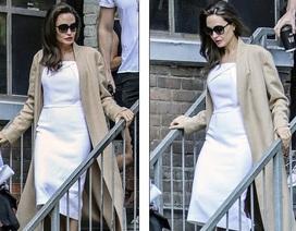 Angelina Jolie thanh lịch xuất hiện tại Toronto