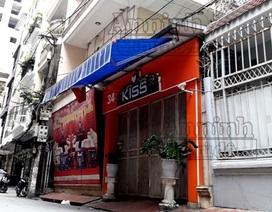 Nâng giá dịch vụ hát karaoke để cưỡng đoạt tiền của khách nước ngoài