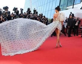 Kendall Jenner rực sáng tại Cannes