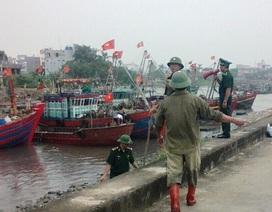 Hoãn các cuộc họp để chống bão, sơ tán dân khỏi vùng xung yếu