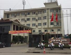 """Nhà nghỉ, khách sạn """"cháy phòng"""" trong lễ hội Khai ấn đền Trần"""