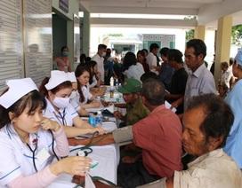 Khám bệnh miễn phí tại Triển lãm Y tế Quốc tế