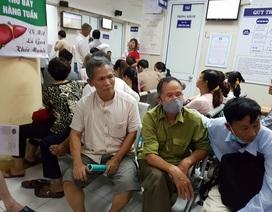 """Bệnh viện kêu trời vì bị """"siết chi"""" khám BHYT, Bộ Y tế vào cuộc"""