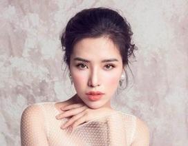 """Á hậu Khánh Phương """"Ba mẹ từng đánh không cho tôi đi thi hoa hậu"""""""