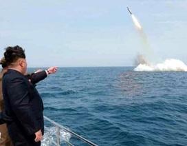 Triều Tiên bị nghi sắp thử tên lửa phóng từ tàu ngầm
