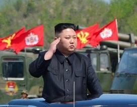 Vì sao Mỹ không thể lật đổ nhà lãnh đạo Kim Jong-un?