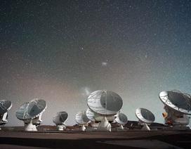 Sắp có hình ảnh chân thực đầu tiên về hố đen bí ẩn trong vũ trụ