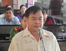 Bán 85 tấn gạo của ông chủ… lấy tiền sang Campuchia đánh bạc