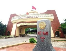 Quảng Trị ký văn bản hợp tác bảo vệ đường biên giới với 2 tỉnh của Lào
