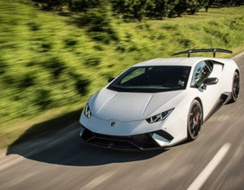 Lamborghini đưa động cơ hybrid sạc điện lên siêu xe Huracan