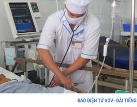 Bình Thuận: Cả gia đình nhập viện vì ăn ốc biển độc