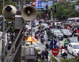 Chủ tịch Hà Nội: Một năm mỗi phường chi vài trăm triệu đồng cho loa phường