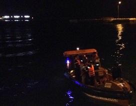 Mò tìm ví, một công nhân đuối nước tại cầu cảng nhà máy lọc hóa dầu