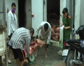 Bắt giữ 5 tấn lợn chết tím tái, bốc mùi hôi thối