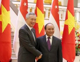 Thủ tướng Singapore cam kết hỗ trợ Việt Nam nâng cao năng lực chấp pháp trên biển