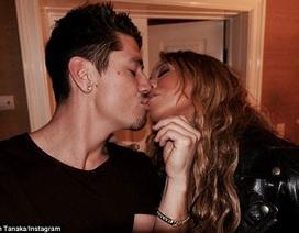 Mariah Carey chia tay bồ kém 13 tuổi